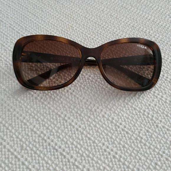 a94541877a Vogue Eyewear Accessories